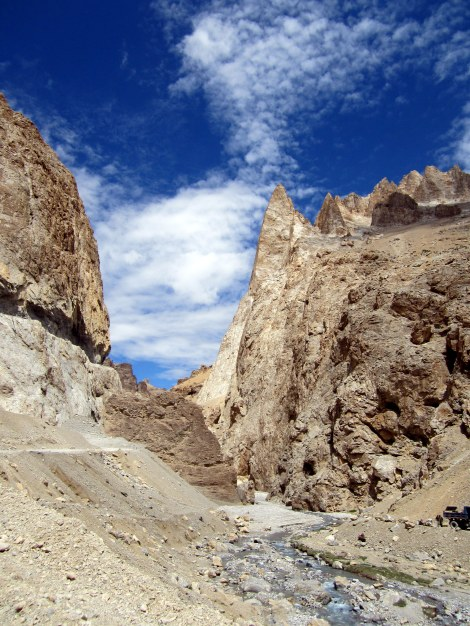 On the road through Ladakh